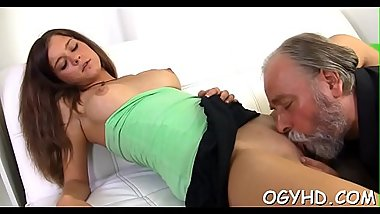 Avid old lad licks young pussy