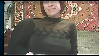 russian mature nice tits in HD webcam on camsyz.com